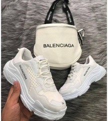 BALENCIAGA TRIPLE S 37