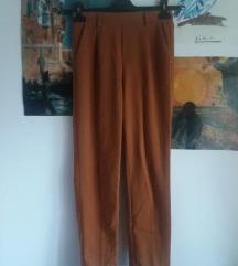 Stradivarius highwaisted hlače
