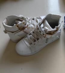 Čevlji MENJAM