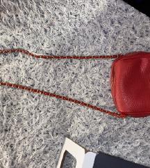 Rdeča mini torbica
