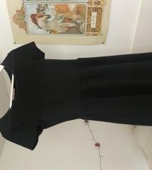 Zimska črna obleka z kratkimi rokavi