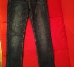 Jeans hlače 128
