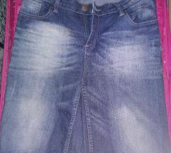 Kratke hlače do kolen 44