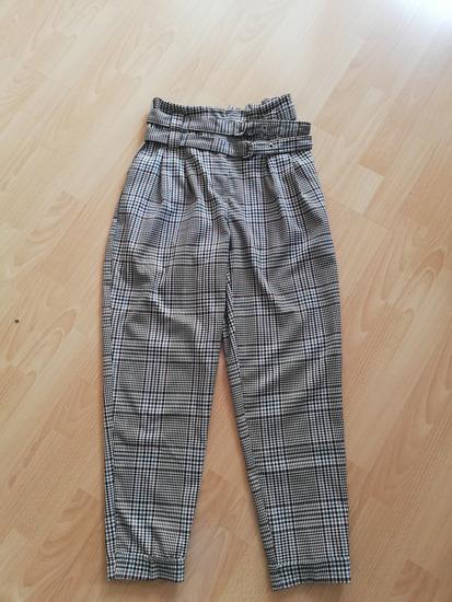 Karo hlače