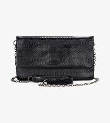BUFFALO črna torbica /NOVA
