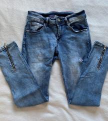 Jeans hlače z zadrgami