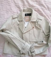 nova jakna,št 38, M