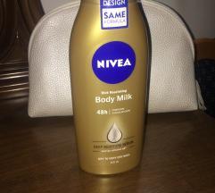 NOVO Nivea mleko za telo + torbica