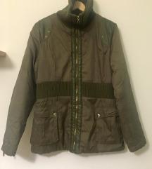 Vojaško zelena zimska bunda