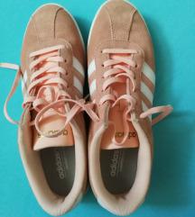 Novi Adidas copati