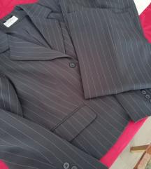 Eleganten siv hlačni kostim