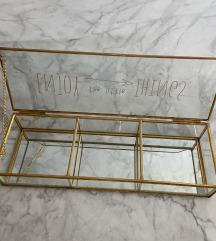 Dekorativna škatla