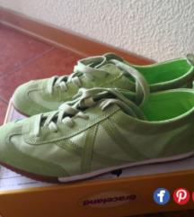 Nove zelene superge