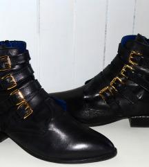 Usnjeni čevlji s sponkami Hegos