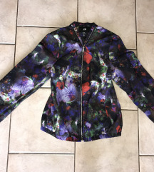 H&M jakna (mpc 30€)