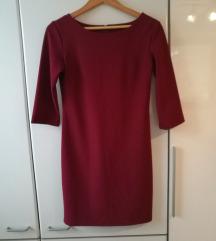 preprosta temno rdeča obleka