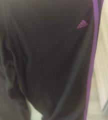 Adidas tričetrt hlače