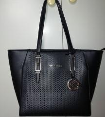 Črna nova torba + darilo