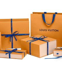 Dizajnerske nakupovalne vrečke in darilne škatle