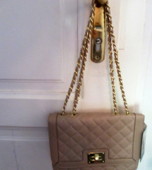 NOVA torbica v Chanel stilu, beš / puder barve