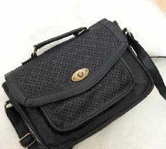 Črna torbica