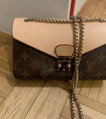 Pisemska elegantna torbica