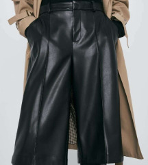 Nove ZARA bermuda hlače