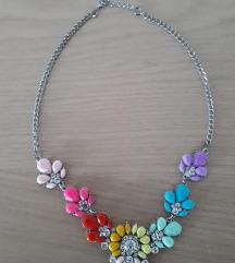 Večbarvna statement ogrlica