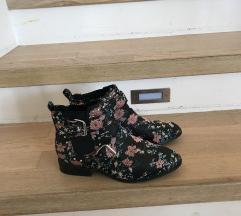 Nizki škornji