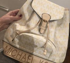 Michael Kors nahrbtnik