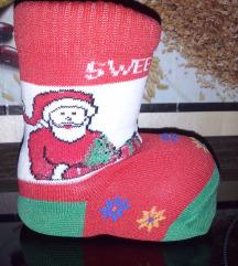 Škorenjček z nogavico