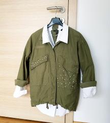 Zara zelena vojaška parka jakna oversize