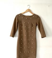 Obleka z biseri