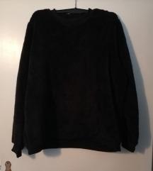 Fuzzy pulover