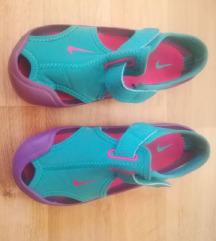 Nike sandali 27