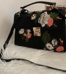 Čudovita MANGO torbica,mpc 75€