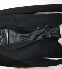 Črn blazer