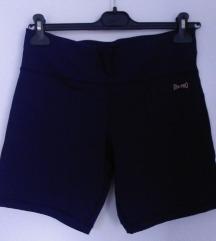 Kratke športne hlače NENOŠENE