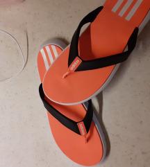 Japonke Adidas