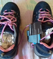 Karrimor pohodni čevlji - novi