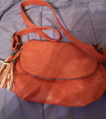 Rdeca torbica