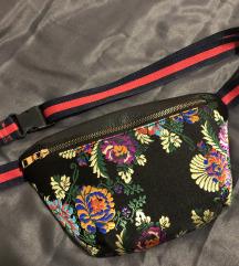 Waist torbica