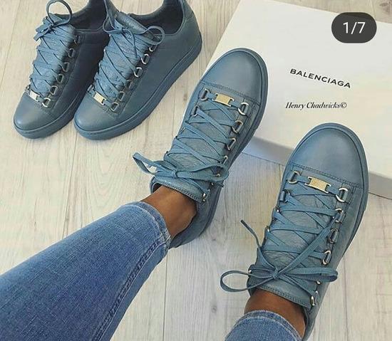 Balenciaga čevlji (Kraljevo modri in živo rdeči)