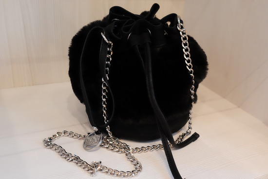 Gioseppo mala krznena torbica