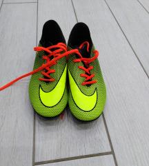 Nogometni čevlji