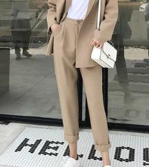 Camel blazer in hlace komplet (suit, obleka)