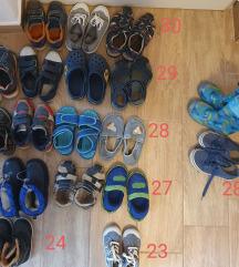 UGODNO Fantovska obutev, škornji, copati, čevlji