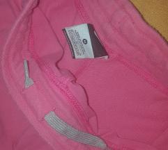 Roza kratke hlače