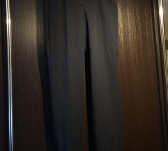 Črne hlače Taifun