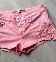 Guess nove kratke hlače M